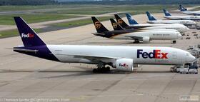FedEx 777-200 N894FD