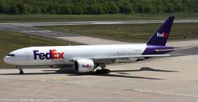 FedEx 777-200 N880FD