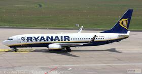 Ryanair 737-800W EI-DWA