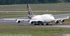 UPS 747-400 N579UP