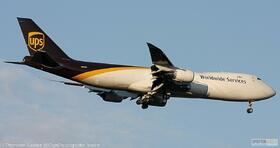 UPS 747-800 N621UP