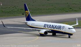Ryanair 737-800W EI-DYX
